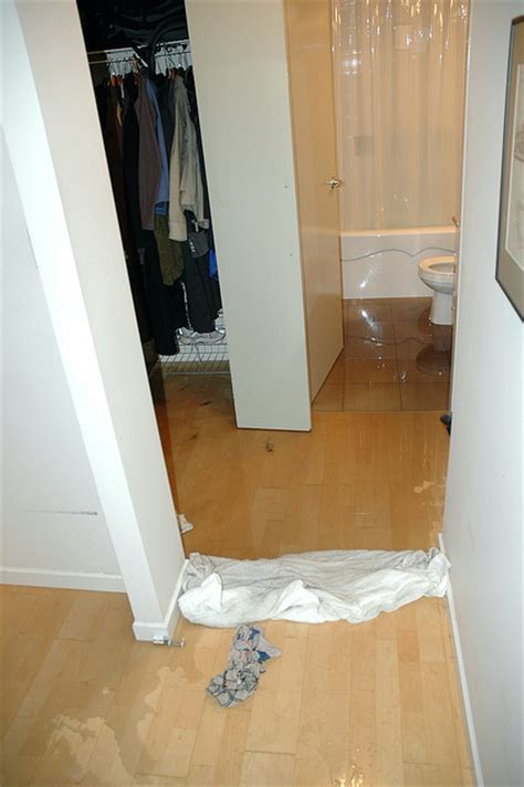 bathroom flooded what to do how to find an emergency toronto plumber eieihome
