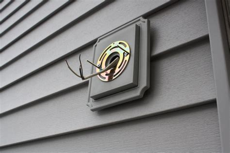 vinyl siding light mount installing outdoor electrical wiring installing free