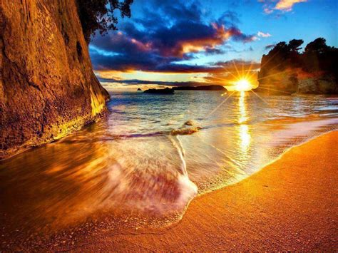 imagenes hermosas de nueva zelanda sunrise at cathedral cove beach new zeland beautiful