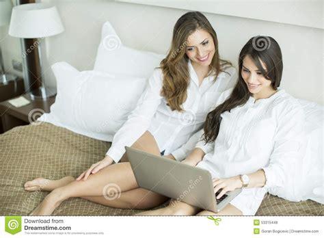 donne rumene a letto idee per la casa douglasfalls