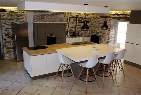model de cuisine 駲uip馥 mod 232 le et ambiance de cuisine design contemporaine