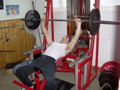 chest incline bench press chest workout incline bench press train body and mind