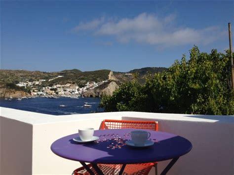 la terrazza sul porto ponza isola di ponza prenota il tuo viaggio sull isola dell
