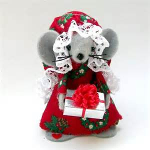 christmas ornament gift giver mouse felt mice holds