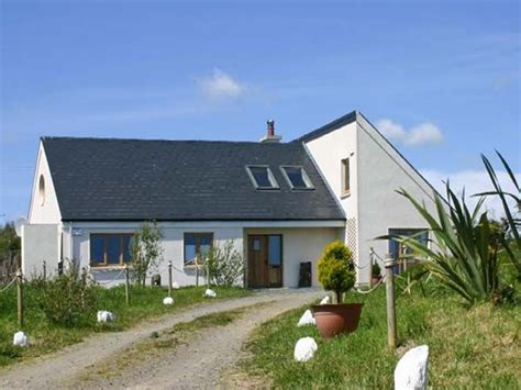 coastal side house cottages in beachside hideaway courtown county wexford pollshane