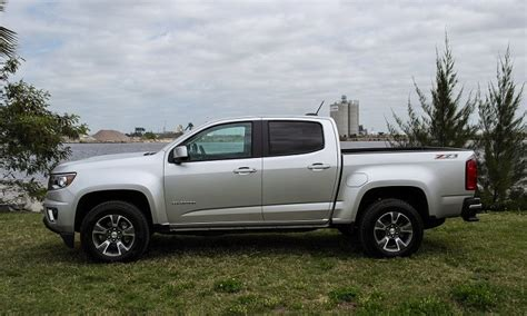 chevy colorado long bed driven 2015 chevy colorado z71 speed sport life