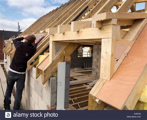 Building A Dormer On An Existing Roof Self Building House Constructing Roof Insulating Dormer