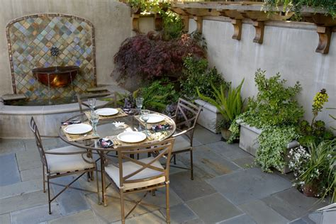 Spanish Dining Room Furniture by Delightful Outdoor Wall Fountains Decorating Ideas Gallery
