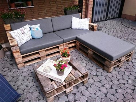 l shaped pallet couch inspired pallet reusing ideas recycled things