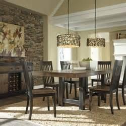 bernie phyl s furniture 83 foton 42 recensioner