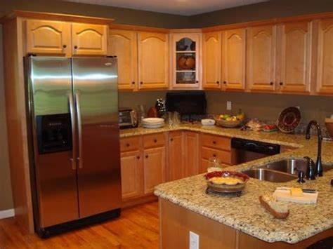 oak kitchen cabinets  wall color youtube