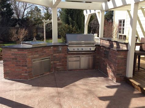 brick outdoor kitchen outdoor kitchens hi tech appliance