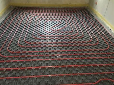 Estrich Isolierung Preis by Estrich Fu 223 Bodenheizung D 228 Mmung Beton Estrichleger Posot