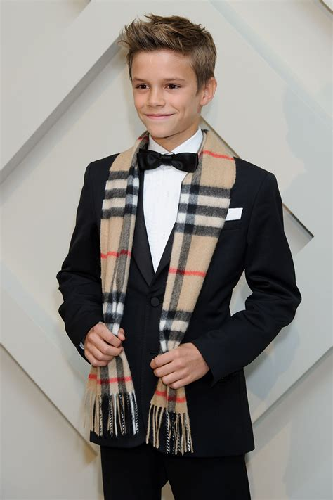 romeo beckham where does he live watch romeo beckham dance in burberry s holiday caign