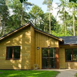 4 bedroom woodland lodge centre parcs 17 best images about woodland lodge accommodation on
