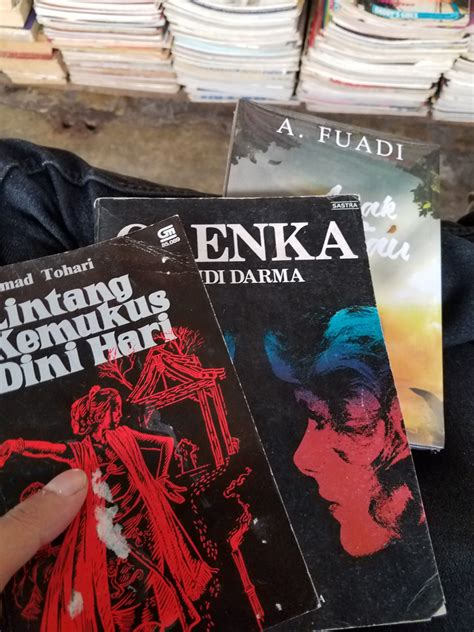 Buku Buku Bekas buku di pasar buku bekas rasssian