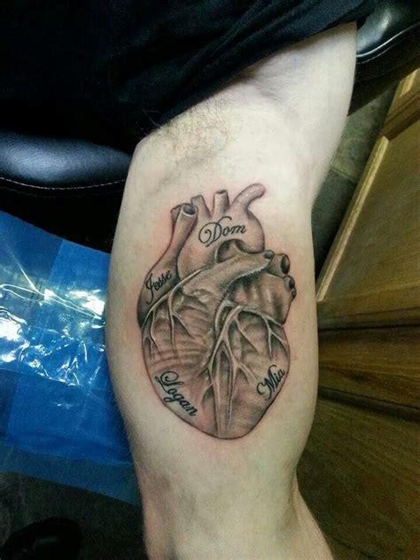 strange daze tattoo anatomical done by carl rowe at strange daze