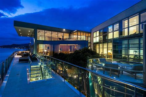modern day malibu beach house combines modern interiors living a dream subsequent to the ocean sensational malibu