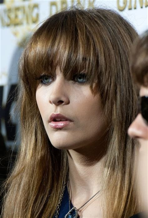 chunky piecy hair stes 3 fabulous long straight hair with blunt bangs pretty