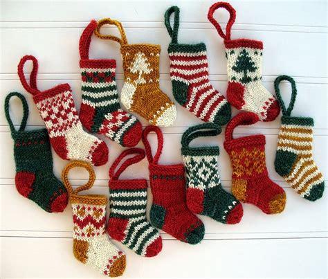knitting pattern for mini xmas stocking knitted mini christmas stockings crochet crazy pinterest