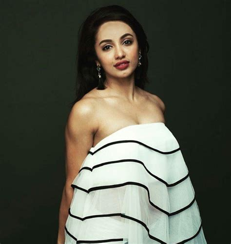 telugu actress ultra hd images telugu actress tejaswi madivada latest ultra hot hd photo