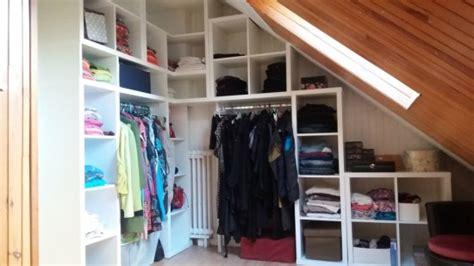 meuble sous pente ikea 309 un dressing d angle kallax pour la chambre