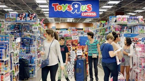 babies r us los angeles toys r us says its bankruptcy won t interrupt the shopping season