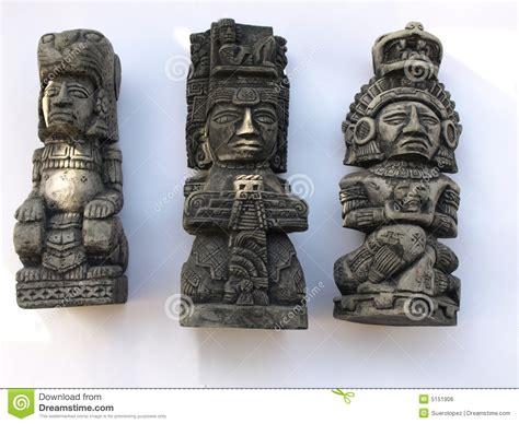 imagenes figuras mayas dioses imagen de archivo libre de regal 237 as imagen 5151906
