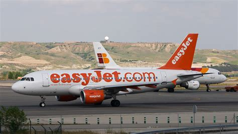 airbus a319 111 seating plan jet airlines easyjet airlines on ground wallpapers