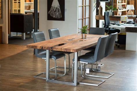 rustikale tische massivholz esstisch eiche rustikal modern rheumri
