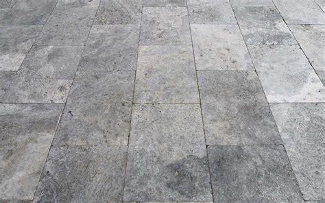 terrasse natursteinplatten travertin naturstein terrasse terrassenplatten kaufen