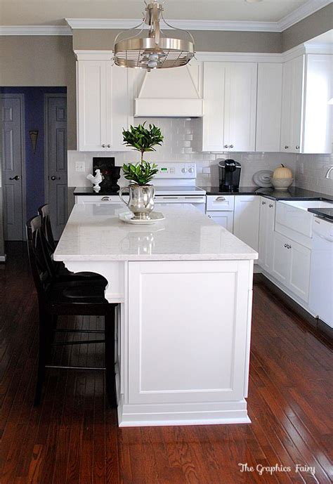 Island Home Renovation And Design 25 Best Crown Molding Kitchen Ideas On