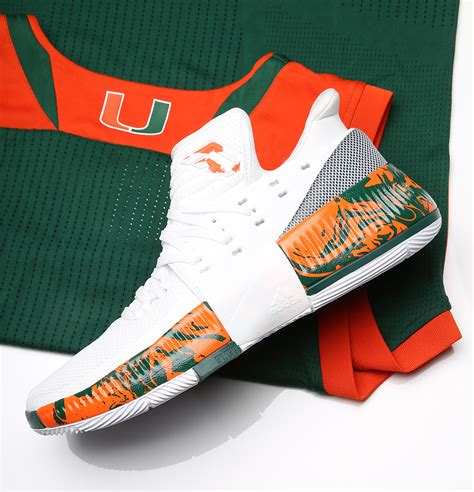 Sweater Adidas 03 Exclusive Hitam 1 exclusive look at miami s adidas dame 3 pes for march madness kicks