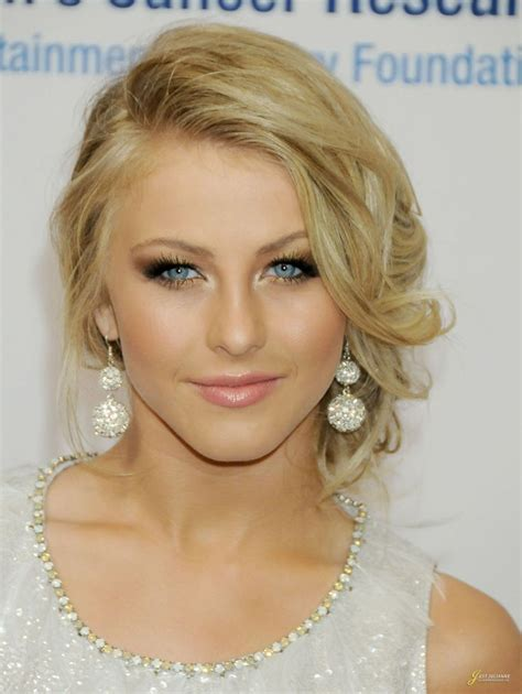 how to make your hair like julianne hough from rock of ages 17 best ideas about julianne hough updo on pinterest