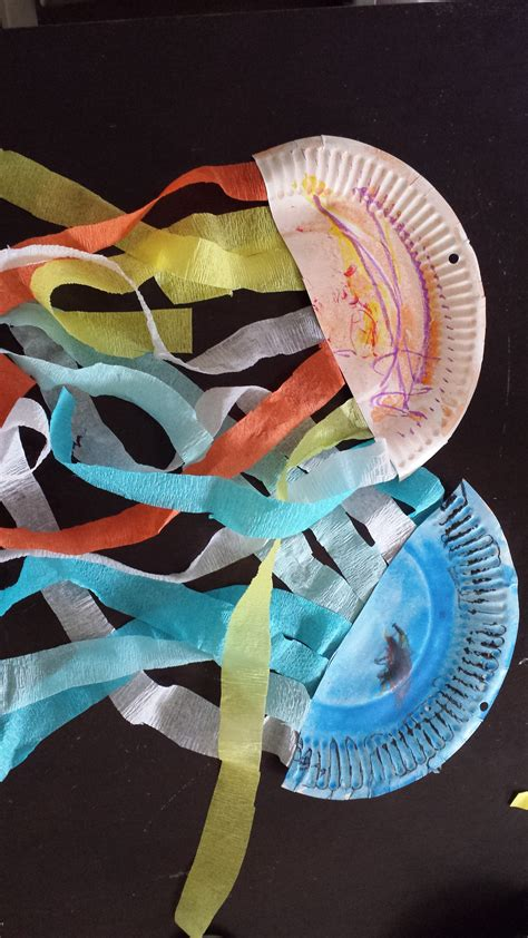 paper plate jellyfish fun family crafts