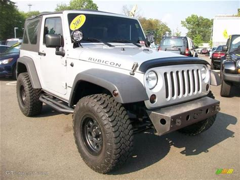 2007 bright silver metallic jeep wrangler rubicon 4x4
