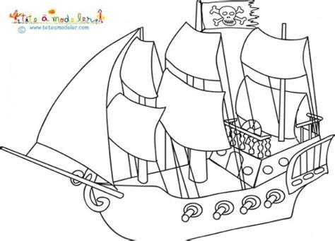 dessin d un bateau à voile coloriage un bateau de pirate 224 voile dessin gratuit 224