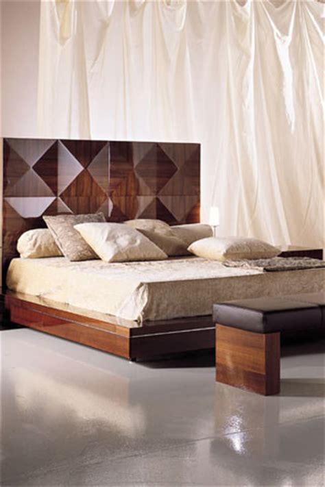 modern bed designs latest bed room designs  wing chair pakistan latest fashion trends