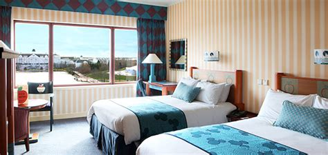 theme hotel york disney s hotel new york disney hotels disneyland 174 paris