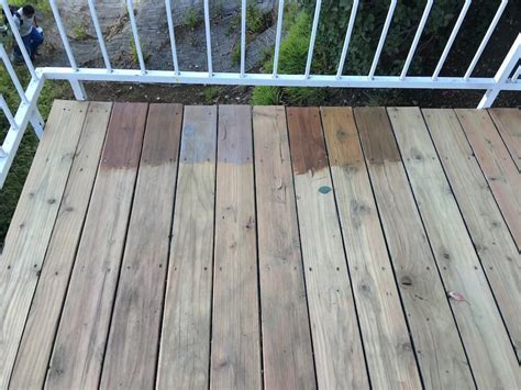 Cabot Decking Stain by Cabot Deck Stain In Semi Solid Bark Mulch Half Stained