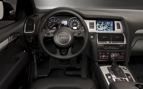 K Line Interiors by Audi Q7 3 0t S Line 2012 Widescreen Car Image 04