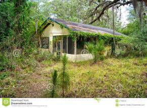 Amazing Old Florida Home Plans #2: Old-florida-abandoned-home-27193787.jpg