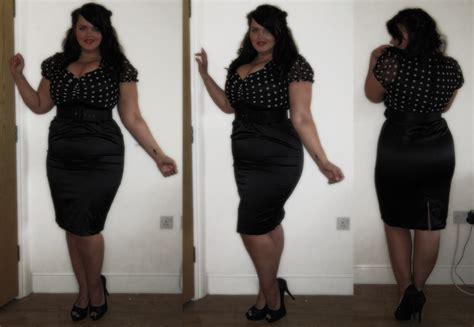 what hair style should fat women wear fuller figure fuller bust fat girls should wear baggy clothes
