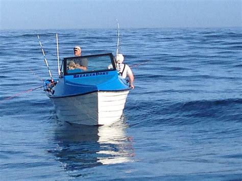 dory boat launching landing and fishing breaker dory boats - Dory Fishing Boat Landing