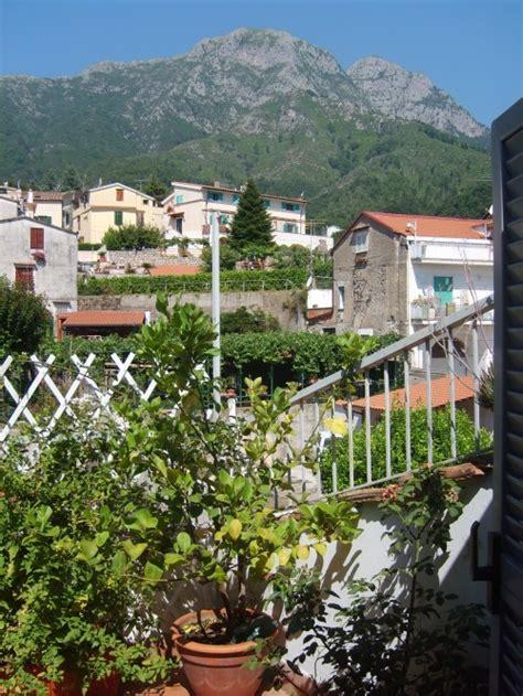 Banca Della Cania Cava De Tirreni by Bed And Breakfast Cava D 232 Tirreni Altracosa B B Salerno