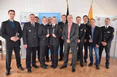 Bewerbung Ausbildung Polizei Sachsen Anhalt Staatssekret 228 R Prof Dr Ulf Gundlach Ehrt Sachsen Anhalts