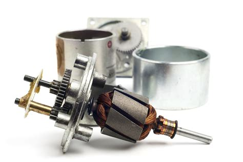 parts and function of electric motor what are the functions of parts in an electric motor