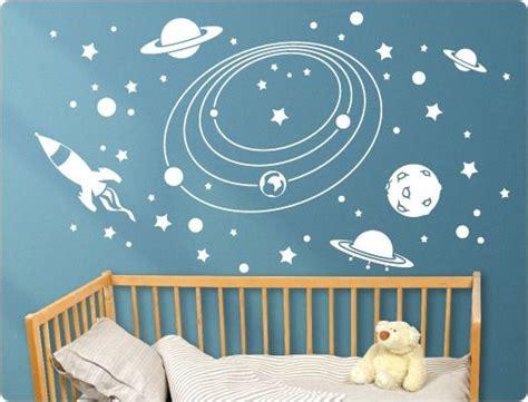 Kinderzimmer Ideen Weltall by Wandtattoo Kinderzimmer Weltall Kinderzimmer