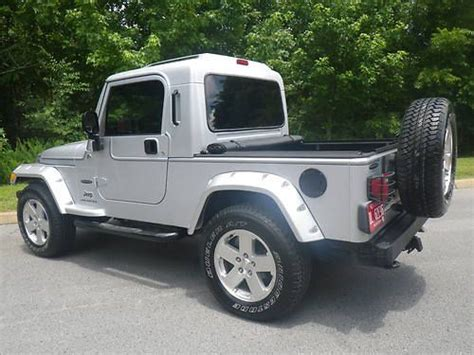 sell used 2006 jeep wrangler rubitrux brute 4x4 low