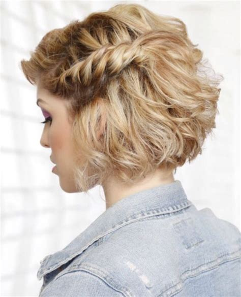 Wedding Hairstyles Chin Length Hair by Best 25 Bob Updo Ideas On Bob Updo